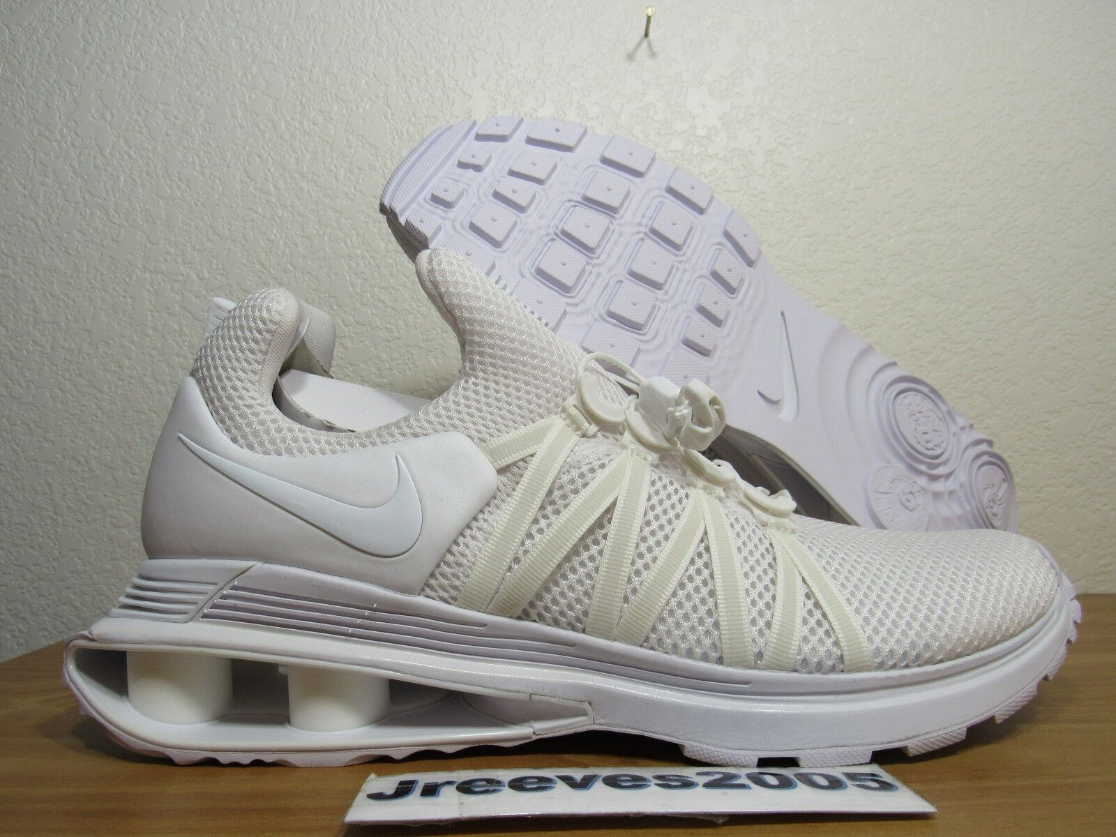 DS Nike Shox Gravity Sz 10 100% Authentic TRIPLE WHITE AR1999 100