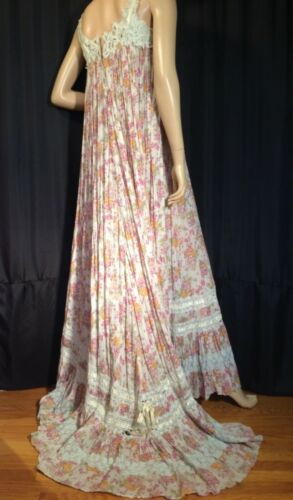 Antique vintage Victorian sleeveless Dress 100% co