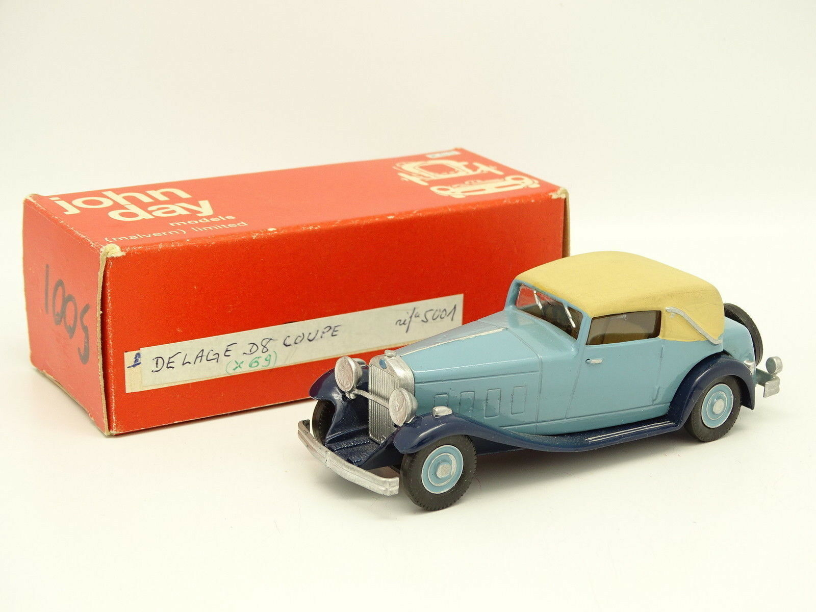 John Day Kit Built 1 43 Delage d8 Coupe bluee
