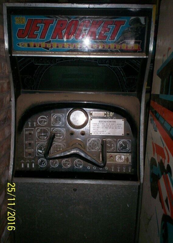 Selling a Jet Rocket Arcade Game made by Sega in 1970