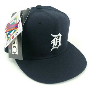 Vintage-NWT-Detroit-Tigers-New-Era-Pro-Model-Fitted-Hat-Cap-Navy-Blue-White-Logo