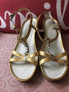 cheapest price incredible prices for whole family Details about NWOB GOLD LEATHER GEOX WEDGE SANDALS, 7