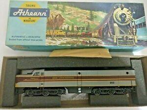 HO-scale-Athearn-Erie-Lackawanna-PA-1-diesel-locomotive-850