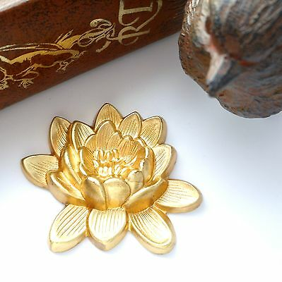 BRASS Retro LOTUS FLOWER Stamping ~ Jewelry Ornament Finding (CA-3050)