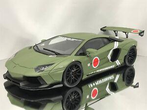 GT-Spirit-Kyosho-LB-Performance-Lamborghini-Aventador-LP-700-4-Army-Green-1-18