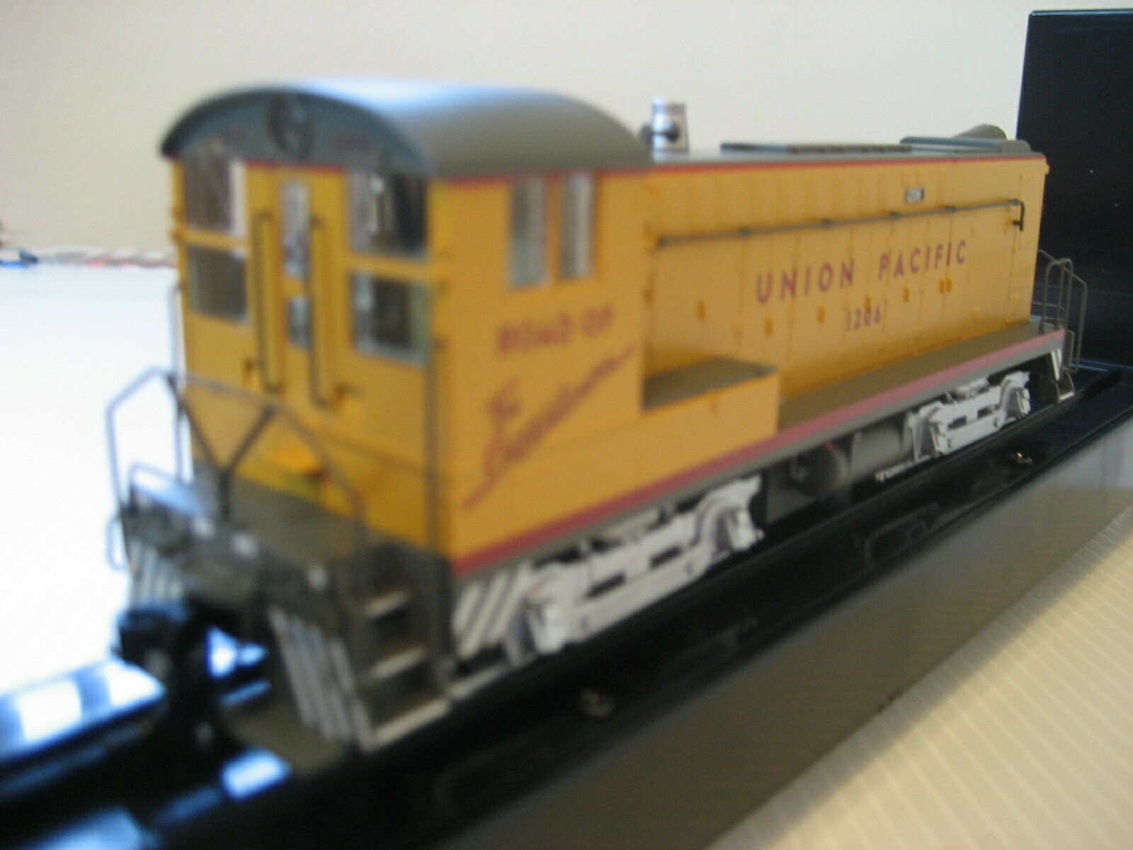 Nuova Release Bowser HO DS 441000 Union Pacific Switcher DCDCC READY