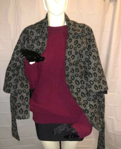 Womens Cape Gray Leopard Print B-wear BYER CALIFOR