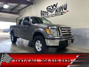 2012 Ford F 150 XLT / 4x4 / Low Kms / Lift / Rubber / Financing