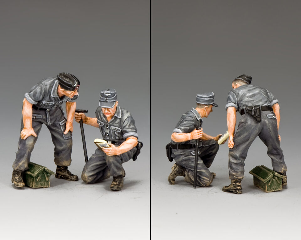 KING AND COUNTRY Tank Repair Crew WW2 WH069 WH69