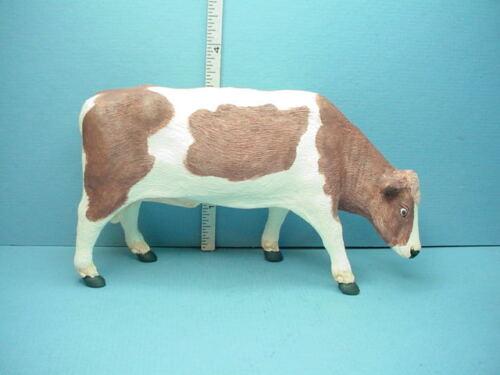 Miniature Bull Brown /& White Resin Falcon 1//12th Scale #A1851BR
