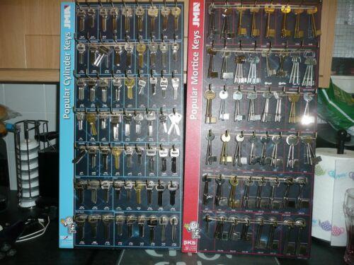 KEY CUTTING MACHINE KEY BOARDS  WITH //KEY BLANKS LOCKSMITH