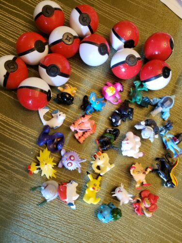 Pokemon Party Favors  12 Pokeballs 24 Figurines prizes* cake toppers*pinata fill
