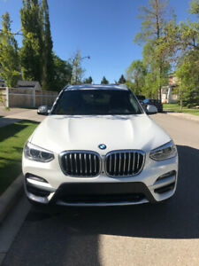 2019 BMW X3 xDrive30i/fully loaded/Low kms