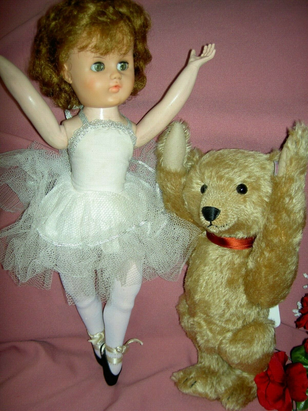 Beautiful 18 , Valentine head-turning walker Ballerina doll orig. costume, schuhe