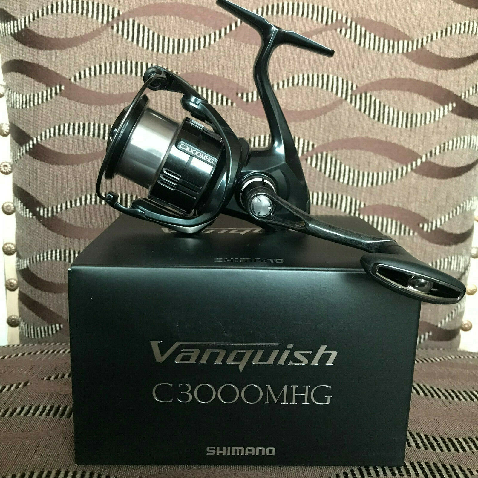 Shimano Vanquish C3000MHG FB Spinnrolle NEW 2019 Model