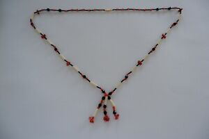 AN ART DECO PERIOD BAKELITE, CORAL & FRENCH JET GLASS NECKLACE - C1920'S 30.0''