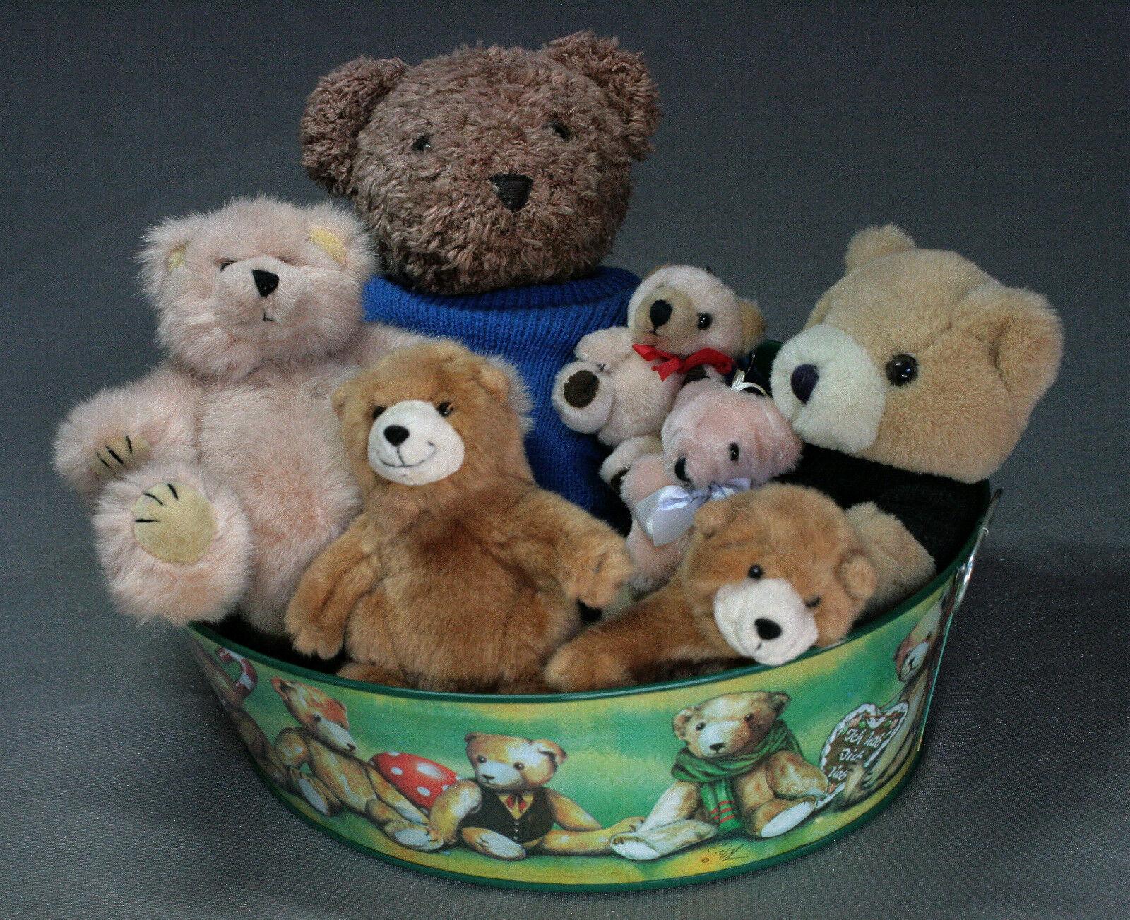 Bärensammlung (Teddys) 17 Stück unbespielt inkl. inkl. inkl. Bärenwanne oval Länge 33cm aeae6d