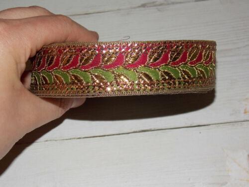 25 mm Olive rouge foncé or bronze métallique brodé ruban Applique Indian