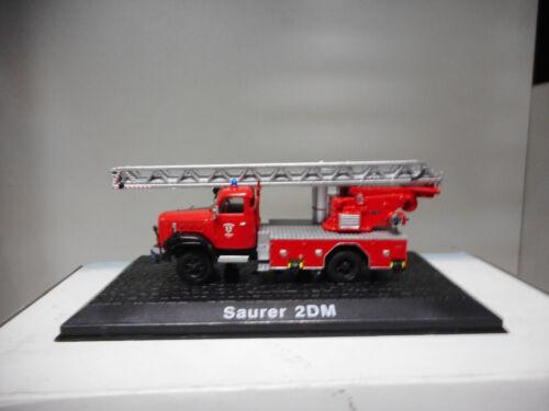 SAURER D2M FIRE POMPIERS BOMBEROS ATLAS 1:72 HARD BOX