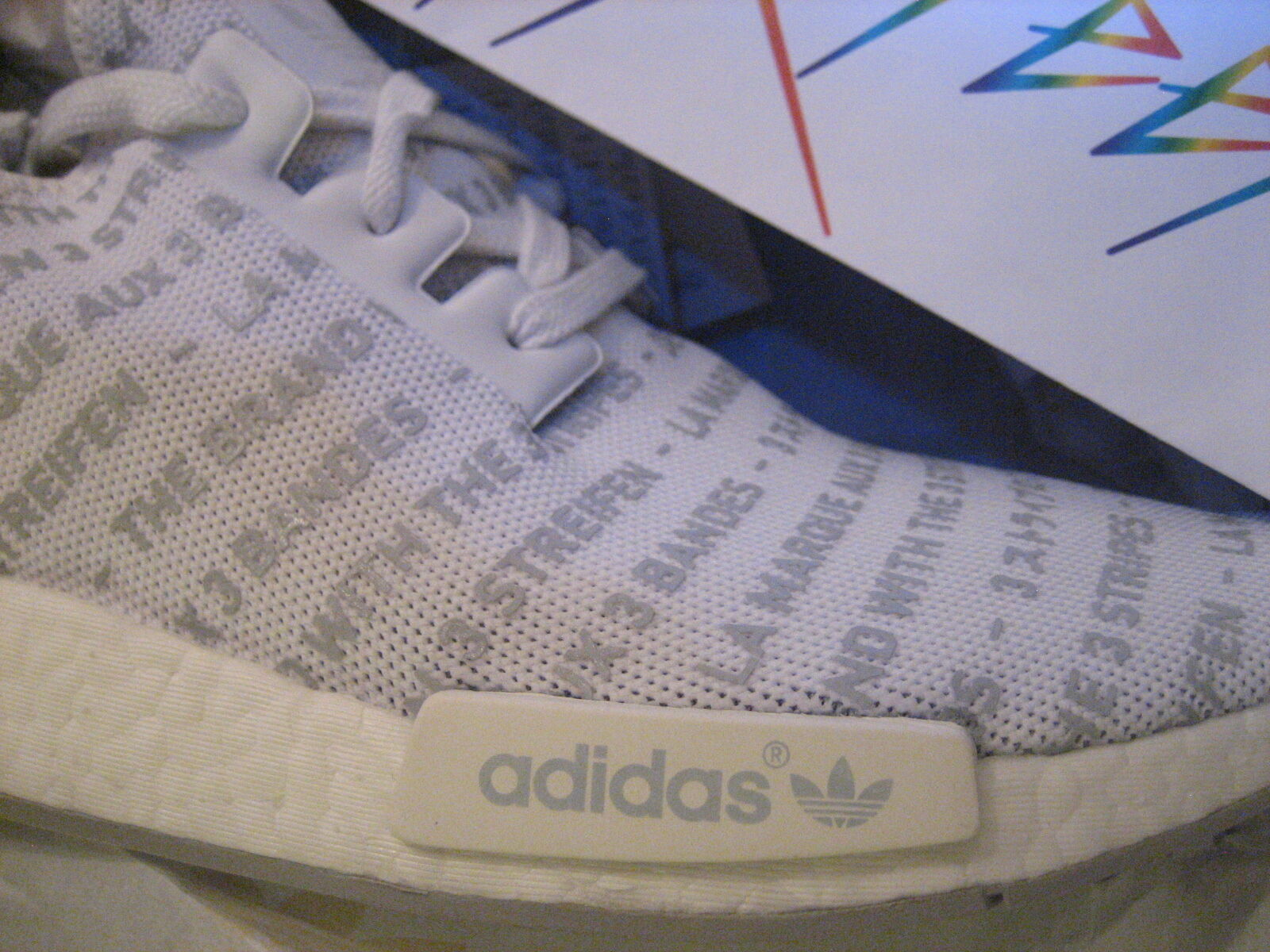 Adidas nmd r1 3 s76518 3 strisce whiteout / white impulso s76518 3 dimensioni: 10,5 & 11 54a181