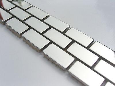 Bordüre fliesen mosaik bad edelstahl poliert metall silber glänzend matt borde