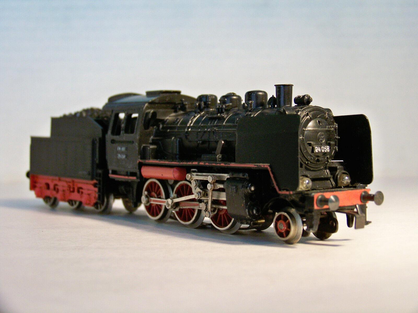 MÄRKLIN FM800 3003  Steam locomotive, 1st Edt. from 1956, Runs, but needs TLC.