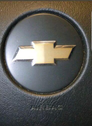 1xpc Driver steering wheel COVER EMBLEM LOGO FOR Chevy Chevrolet SILVERADO 1500