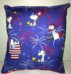 Snoopy-Pillow-Charlie-Brown-Patriot-Snoopy-Red-White-Blue-Snoopy-Handmade-USA