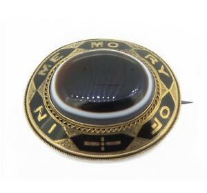 Victorian-14ct-Gold-Agate-amp-Enamel-In-Memory-of-Mourning-Reversible-Brooch