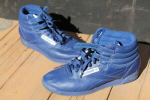 Reebok-FREESTYLE-HI-Blue-LEATHER-SNEAKERS-W-Straps-Size-7-5-24-5-CM