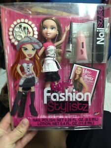 2005 Bratz Winter Ball Beauty Chloe Collectors Edition 277934 eBay Bratz fashion stylistz leah