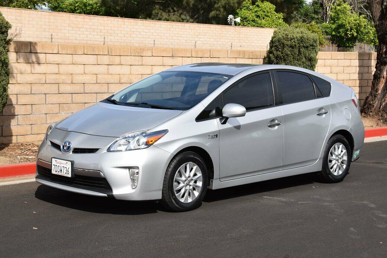 2014 Toyota Prius Base 4dr Hatchback