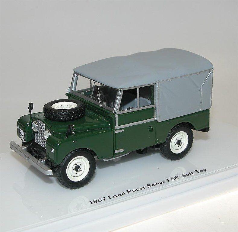 Truescale miniatures TSM Model 1957 Land Rover Series I 88  Soft top verde 1 43