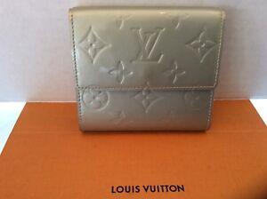 245136ea5a32 Image is loading Louis-Vuitton-ELISE-Wallet-Clutch-Vernis-TH0091-Authentic-