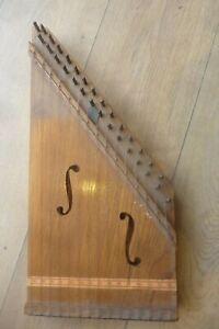 Cithare Vers 1930 Ancienne.musique Instrument à Cordes Prix ModéRé