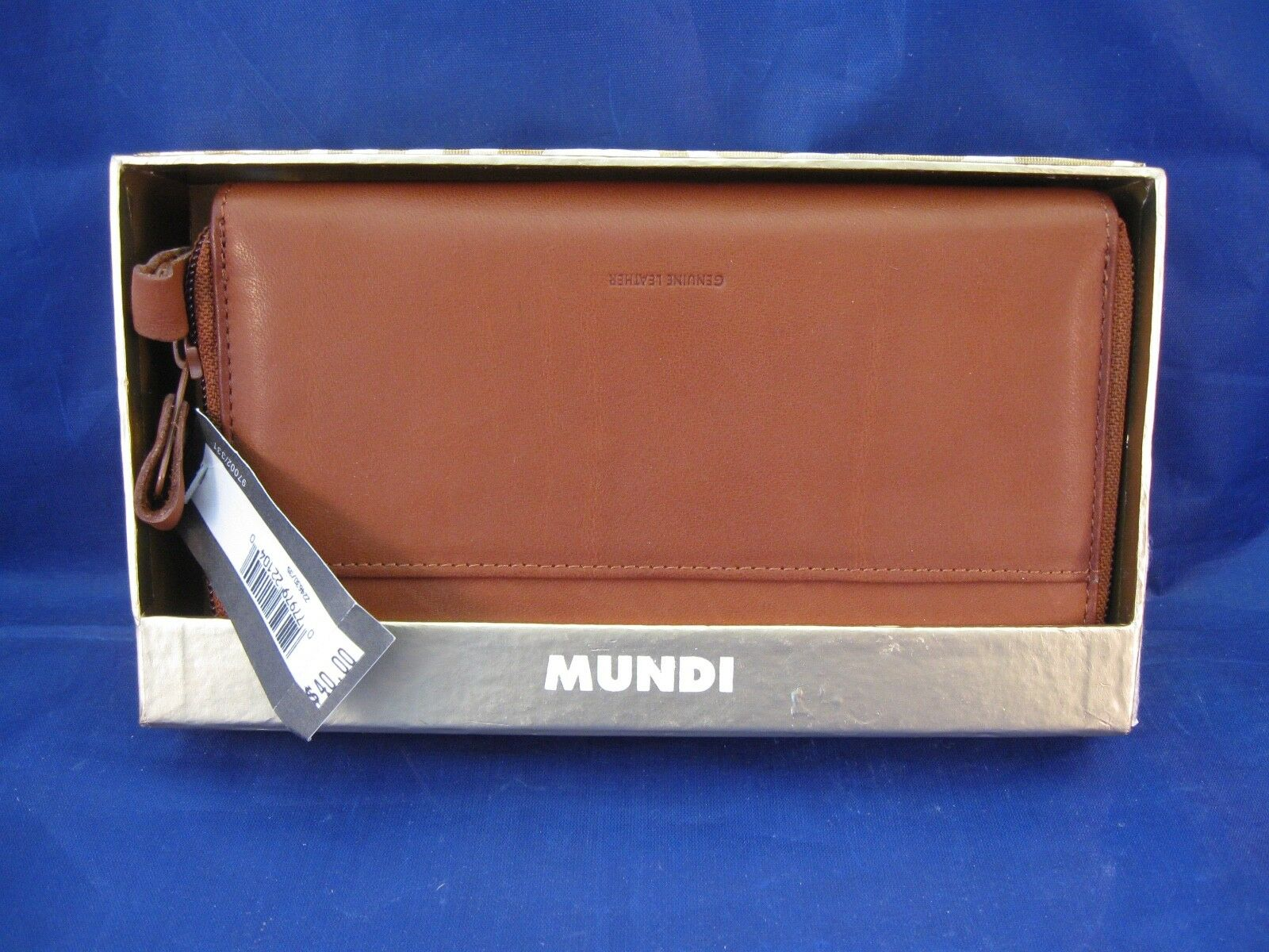 MUNDI GENUINE LEATHER ORGANIZING WALLET - NEW IN BOX With TAG