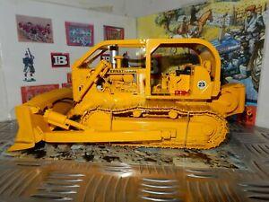 International Harvester TD-25 Crawler/Dozer 1:25 Diecast Rep By First Gear New.!