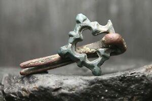 Rare-ancienne-boucle-en-bronze-de-Viking-bijoux-anciens-6eme-11eme-siecle