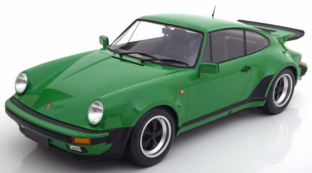 Minichamps 2018 Porsche  Turbo Verde 1:12 grandes coche  Totalmente Nuevo Sellado Hermoso