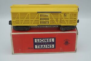 LIONEL-STOCK-CAR-6656-WITH-BOX-POSTWAR-O-SCALE-VG-CONDITION