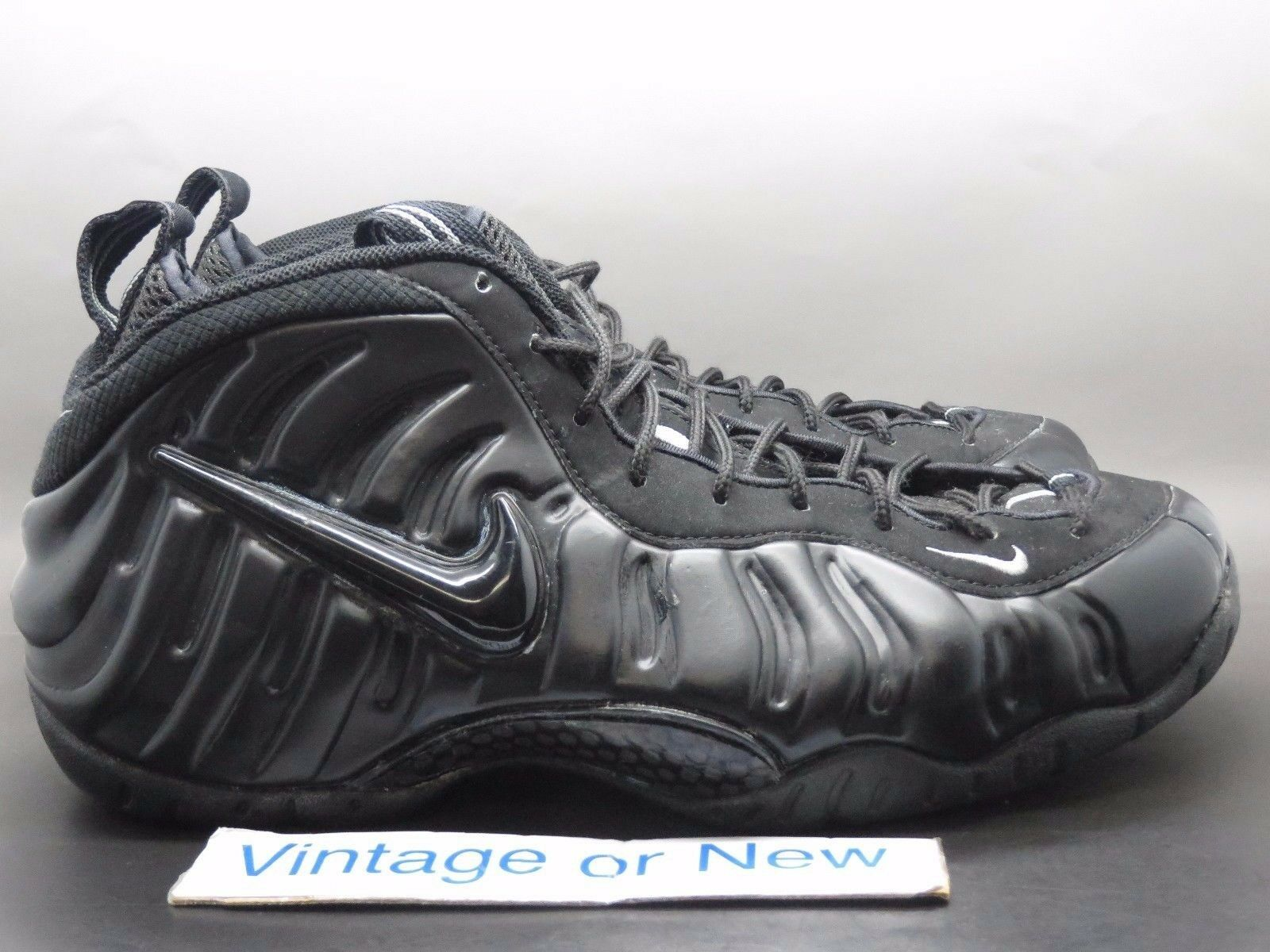 VTG Nike Air Foamposite Pro Black Medium Grey 2002 sz 12