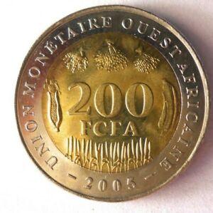 2005-CENTRAL-AFRICA-200-FRANCS-AU-Exotic-Coin-LOT-RRR