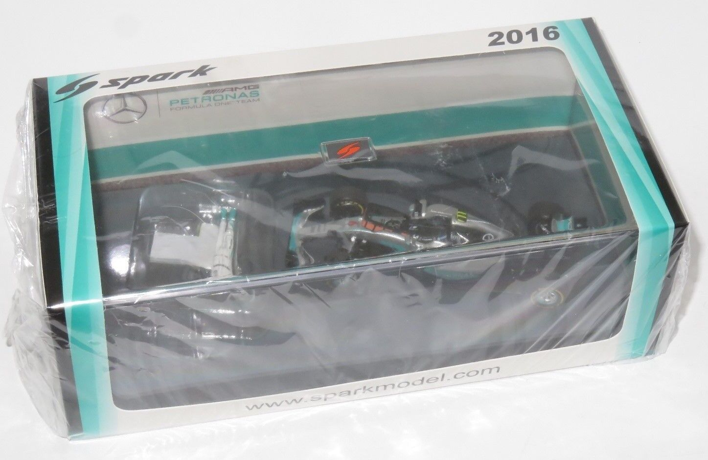 1/43 Spark Mercedes AMG F1 W07 Hybrid-Nico Rosberg Champion Edition Box Set