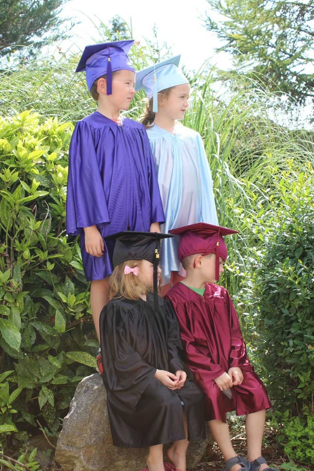 10 SETS of Kids Graduation Cap & Gown - various colours - age 3-5