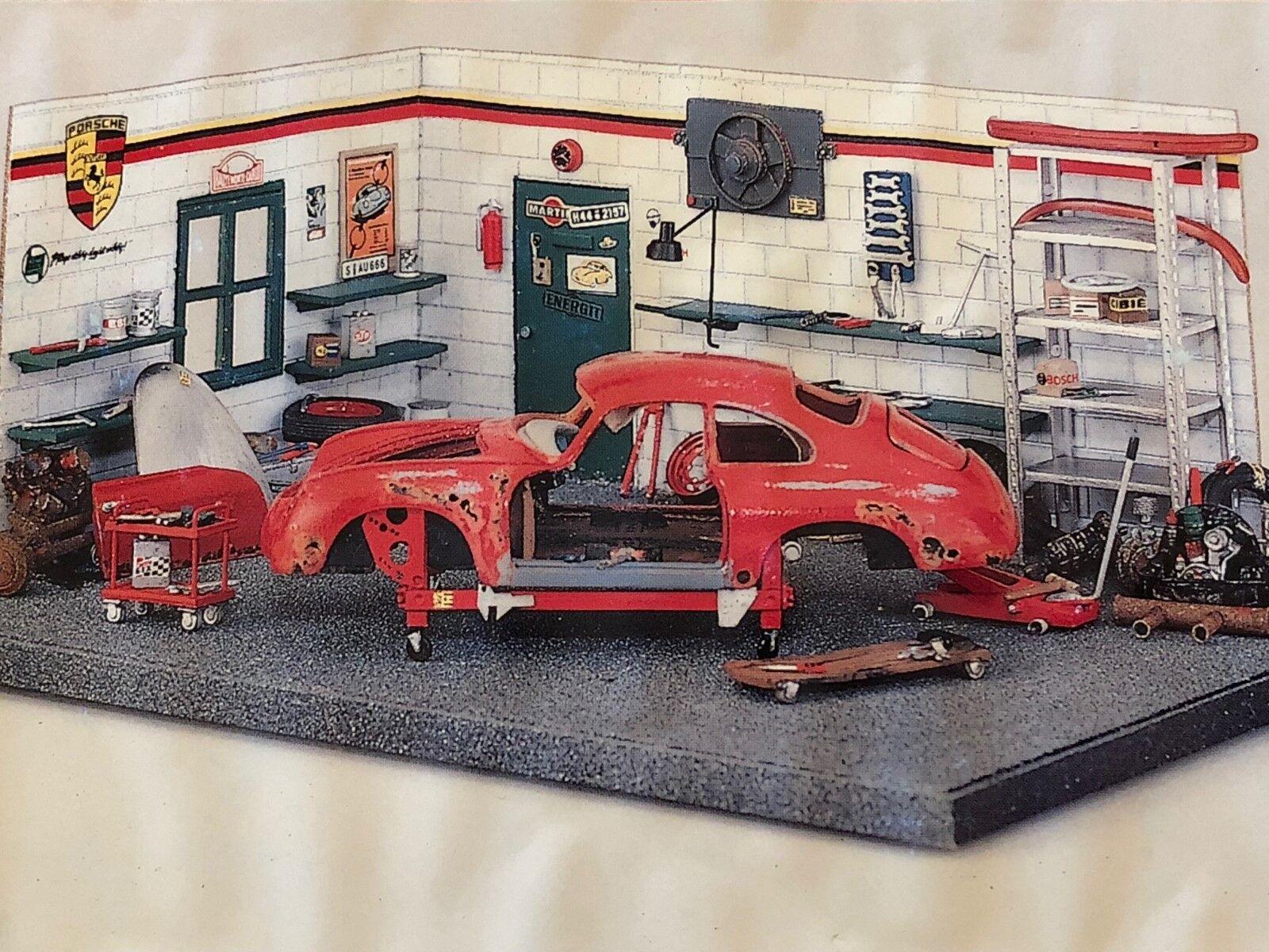 Exoto Studio Artistique le Porsche dans le Garage 1 43 Kit Diorama