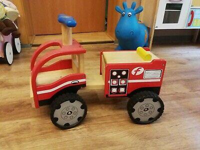 Spielzeug Bauernhof Holz JAKO O Auf diesem Spielzeug
