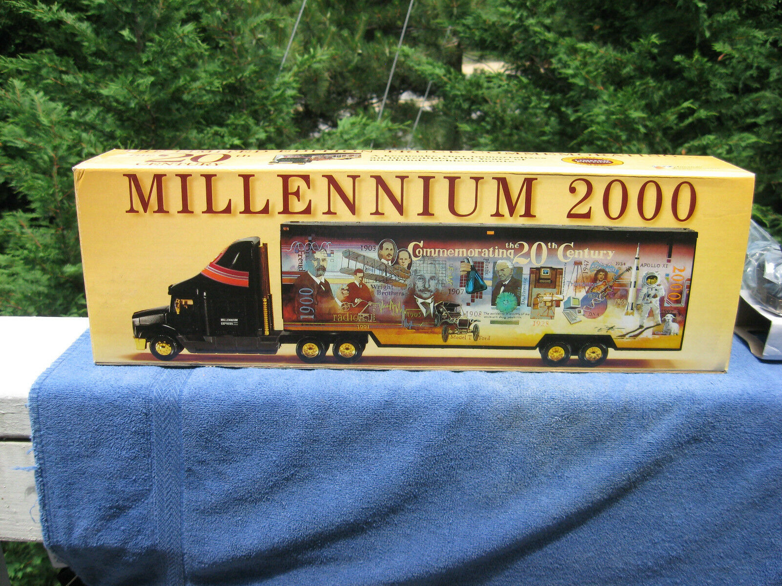 Millennium 2000 Commemorating The 20Th Century Century Century Semi & TrailerNew d0e2ff