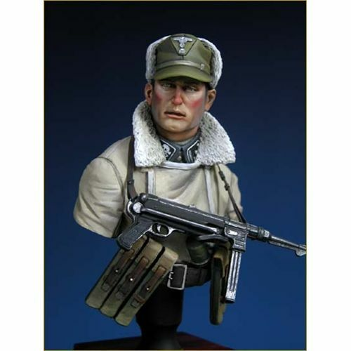 YM1809 - Young: 'TOTENKOPF' Division WWII - scala 1/10
