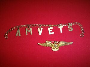 US AM VETS Gold Tone Bracelet And EAGLE Metal Badge