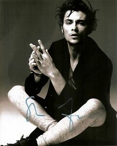 SHILOH-FERNANDEZ-GENUINE-AUTHENTIC-SIGNED-10X8-PHOTO-AFTAL-amp-UACC-IN-PERSON-A